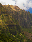 View over the stunning Kalalau Canyon, on the Na Pali coast of Kauai, Hawai'i, USA.