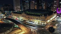 Patrimônio Histórico e Cultural de Porto Alegre, o Mercado Público foi inaugurado em 1869 para abrigar o comércio de abastecimento da cidade. Tombado como um Bem Cultural, passou entre 1990 e 1997 por um processo de restauração, agregando mais qualidade a sua estrutura e recuperando a concepção arquitetônica original. Além de oferecer bons produtos, o Mercado Público também atua como espaço para manifestações culturais e comunitárias. FOTO: Jefferson Bernardes/ Agência Preview