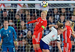 SOUTHAMPTON, ENGLAND - Friday, April 6, 2018: Wales' captain Sophie Ingle during the FIFA Women's World Cup 2019 Qualifying Round Group 1 match between England and Wales at St. Mary's Stadium. (Pic by David Rawcliffe/Propaganda)