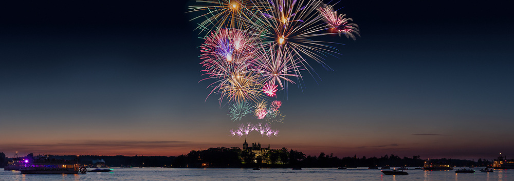 https://Duncan.co/july-4th-2019-fireworks-at-boldt-castle
