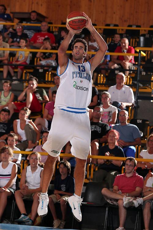 DESCRIZIONE : Bormio Torneo Internazionale Diego Gianatti Italia Iran<br /> GIOCATORE : Luigi Datome<br /> SQUADRA : Nazionale Italia Uomini <br /> EVENTO : Torneo Internazionale Guido Gianatti<br /> GARA : Italia Iran<br /> DATA : 11/07/2010 <br /> CATEGORIA : tiro<br /> SPORT : Pallacanestro <br /> AUTORE : Agenzia Ciamillo-Castoria/ElioCastoria<br /> Galleria : Fip Nazionali 2010 <br /> Fotonotizia : Bormio Torneo Internazionale Diego Gianatti Italia Iran<br /> Predefinita :