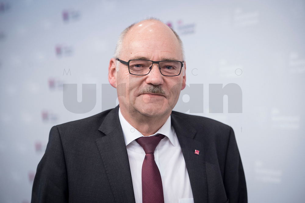 21 NOV 2017, BERLIN/GERMANY:<br /> Friedhelm Schaefer, dbb, 2. Vorsitzender, Gewerkschaftstag Deutscher Beamtenbund und Tarifunion, Estrell Convention Center<br /> IMAGE: 20171121-03-041<br /> KEYWORDS: dbb, Freidhelm Schäfer
