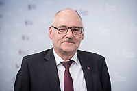 21 NOV 2017, BERLIN/GERMANY:<br /> Friedhelm Schaefer, dbb, 2. Vorsitzender, Gewerkschaftstag Deutscher Beamtenbund und Tarifunion, Estrell Convention Center<br /> IMAGE: 20171121-03-041<br /> KEYWORDS: dbb, Freidhelm Sch&auml;fer