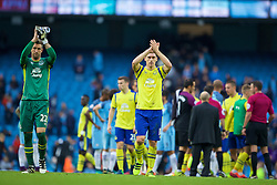 MANCHESTER, ENGLAND - Saturday, October 15, 2016: Everton's goalkeeper Maarten Stekelenburg and Gareth Barry applaud the supporters after the 1-1 draw with Manchester City during the FA Premier League match at the City of Manchester Stadium. (Pic by Gavin Trafford/Propaganda)