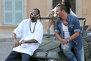 03.AUGUST.2011. SAINT TROPEZ<br /> <br /> VIDEO CLIP SNOOP DOGG AND JEAN ROCH ON THE PLACE OF THE LICES IN SAINT TROPEZ  <br /> <br /> BYLINE: EDBIMAGEARCHIVE.COM<br /> <br /> *THIS IMAGE IS STRICTLY FOR UK NEWSPAPERS AND MAGAZINES ONLY*<br /> *FOR WORLD WIDE SALES AND WEB USE PLEASE CONTACT EDBIMAGEARCHIVE - 0208 954 5968*