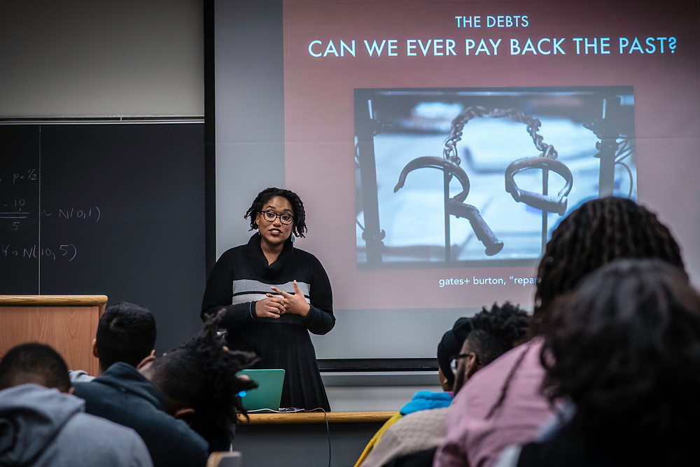 WASHINGTON, DC -- 12/5/16 -- Marcia Chatelain in her African American Studies class. Marcia Chatelain is an Associate Professor of History at Georgetown. She has spurred the development of the syllabus as a tool for social justice.…by André Chung #_AC25234