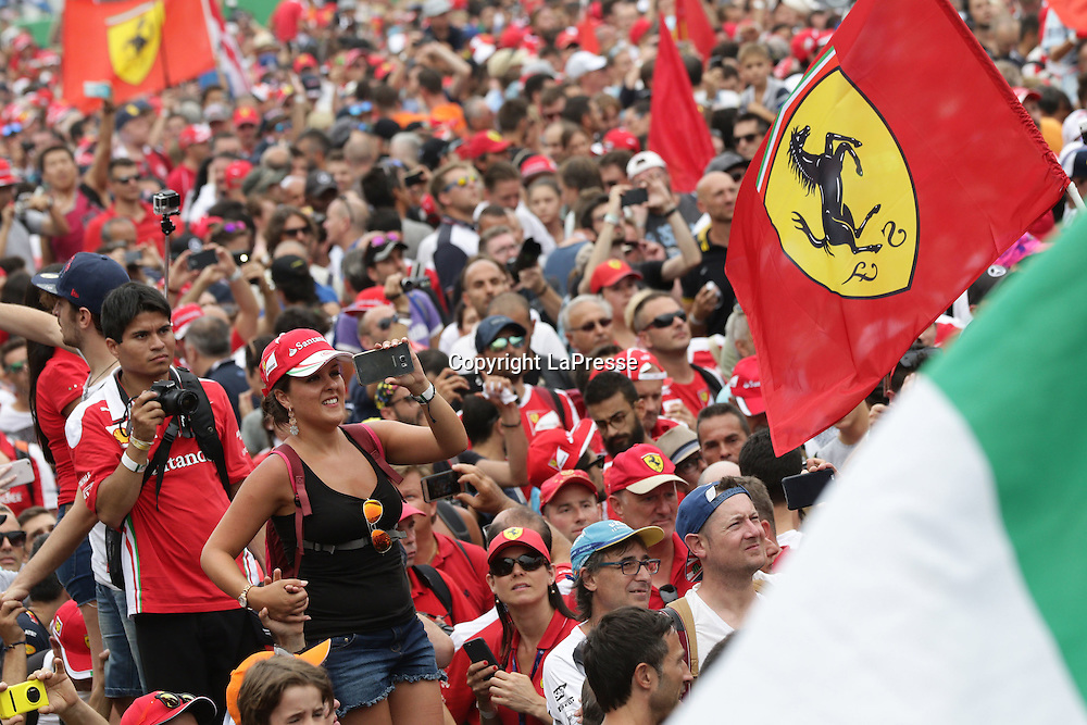 &copy; Photo4 / LaPresse<br /> 04/09/2016 Monza, Italy<br /> Sport <br /> Grand Prix Formula One Italia 2016<br /> In the pic: atmosphere; colore;
