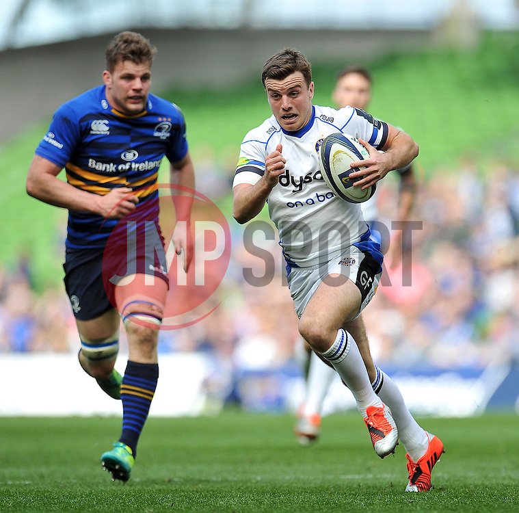 George Ford of Bath Rugby goes on the attack - Photo mandatory by-line: Patrick Khachfe/JMP - Mobile: 07966 386802 04/04/2015 - SPORT - RUGBY UNION - Dublin - Aviva Stadium - Leinster Rugby v Bath Rugby - European Rugby Champions Cup