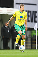 Picture by Paul Chesterton/Focus Images Ltd.  07904 640267.31/03/12.Ryan Bennett of Norwich in action during the Barclays Premier League match at Craven Cottage stadium, London.