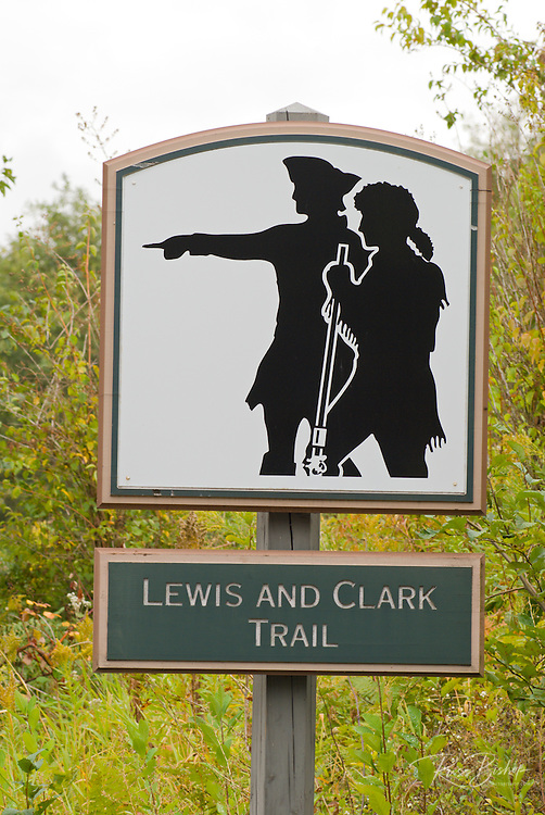 Lewis and Clark Trail marker, Columbia River Gorge, Washington USA