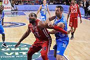 DESCRIZIONE : Campionato 2014/15 Dinamo Banco di Sardegna Sassari - Olimpia EA7 Emporio Armani Milano Playoff Semifinale Gara3<br /> GIOCATORE : Samardo Samuels Manuel Vanuzzo<br /> CATEGORIA : Tagliafuori Rimbalzo<br /> SQUADRA : Olimpia EA7 Emporio Armani Milano<br /> EVENTO : LegaBasket Serie A Beko 2014/2015 Playoff Semifinale Gara3<br /> GARA : Dinamo Banco di Sardegna Sassari - Olimpia EA7 Emporio Armani Milano Gara4<br /> DATA : 02/06/2015<br /> SPORT : Pallacanestro <br /> AUTORE : Agenzia Ciamillo-Castoria/L.Canu