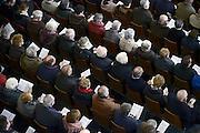 Nederland, Groesbeek, 2-2-2014Een vollen kerk op zondag bij het afscheid van de pastoor.Foto: Flip Franssen