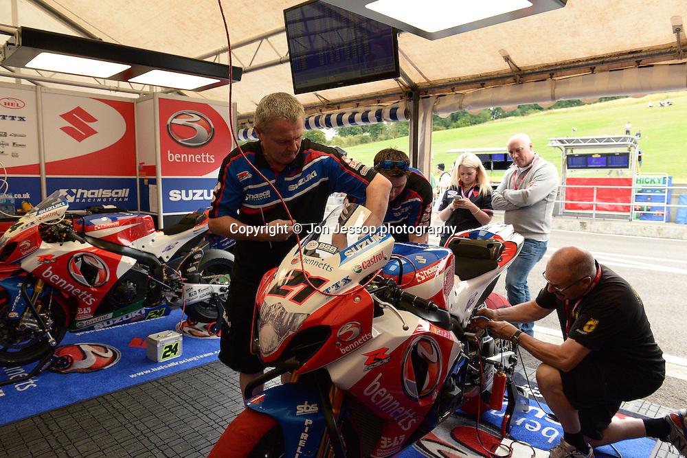 #21 Josh Waters Bennetts Suzuki Halsall MCE British Superbikes