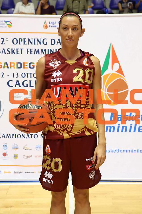 DESCRIZIONE : Cagliari Lega A1 Femminile 2013-14 Opening Day 2013 Umana Venezia<br /> GIOCATORE : Simina Andra Mandache <br /> SQUADRA : Umana Venezia<br /> EVENTO : Campionato Lega A1 Femminile 2013-2014 <br /> GARA : <br /> DATA : 13/10/2013<br /> CATEGORIA : ritratto<br /> SPORT : Pallacanestro <br /> AUTORE : Agenzia Ciamillo-Castoria/ElioCastoria<br /> Galleria : Lega Basket Femminile 2013-2014 <br /> Fotonotizia : Cagliari Lega A1 Femminile 2012-13 Opening Day 2013 Umana Venezia<br /> Predefinita :