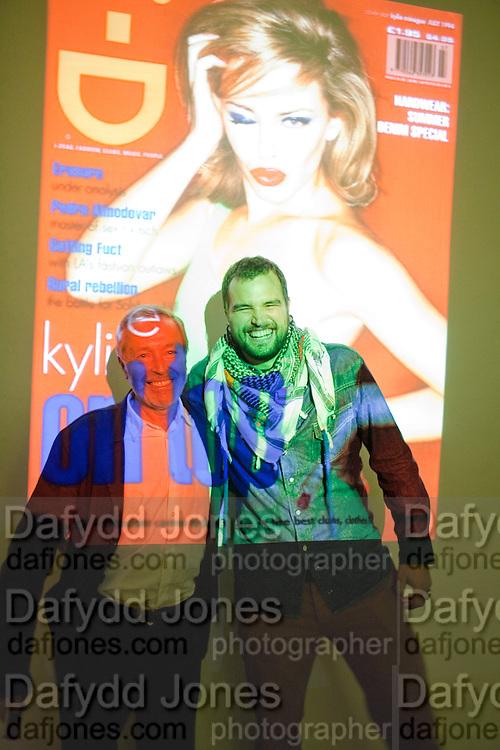 TERRY JONES ROCCO TOSCANI, 30 Years Of i-D - book launch. Q Book 5-8 Lower John Street, London . 4 November 2010. -DO NOT ARCHIVE-© Copyright Photograph by Dafydd Jones. 248 Clapham Rd. London SW9 0PZ. Tel 0207 820 0771. www.dafjones.com.