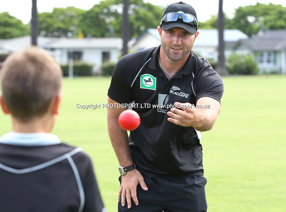 Luke Woodcock gets involved with some fielding practice at the National Bank's National Cricket Club ( NCC ) Supercamp, Nelson Park, Napier, Sunday 30 January 2011. Photo: Andrew Cornaga/photosport.co.nz