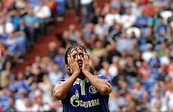 31.07.2010,  Fussball T-Home-Cup in der Veltins-Arena Gelsenkirchen auf Schalke, Halbfinale : FC Schalke 04 - Hamburger SV , Raul (Schalke)