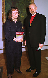 The Bishop of London the Rt.Rev.RICHARD CHARTRES and MRS CHARTRES, at an exhibition in London on 19th January 1999.MNH 25