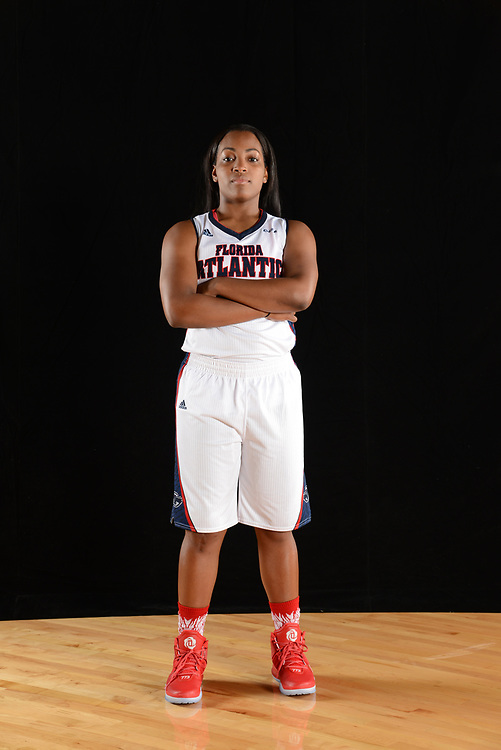 2016 FAU Women's Basketball Photo Day