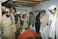 Afghanistan. With the mudjahidines in Paktia province in August 1979. the bodies of the moudjahidines killed in the fighting near Gardez are taken back to the family house. prayer, islamic ceremony  Paktia  Afghanistan   /les corps des moudjahidines   tues dans les combats de nuit pres de Gardez. sont rapportes dans les maisons /  priere  Paktia  Afghanistan  /AFG26700 2