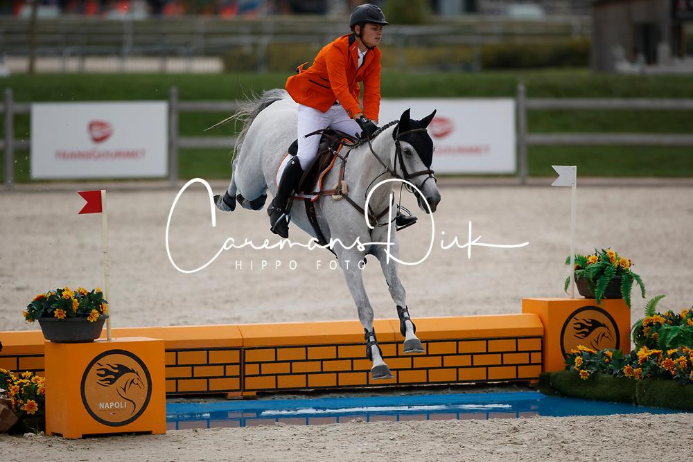 Van De Mheen Rowen, NED, Q Verdi<br /> Juniors European Championships Jumping <br /> Samorin 2017&copy; Hippo Foto - Dirk Caremans<br /> 11/08/2017
