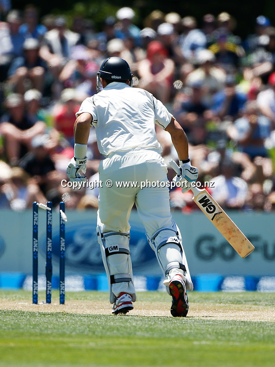 Black Caps Ross Taylor is run out. First day, ANZ Boxing Day Cricket Test, New Zealand Black Caps v Sri Lanka, 26 December 2014, Hagley Oval, Christchurch, New Zealand. Photo: John Cowpland / photosport.co.nz