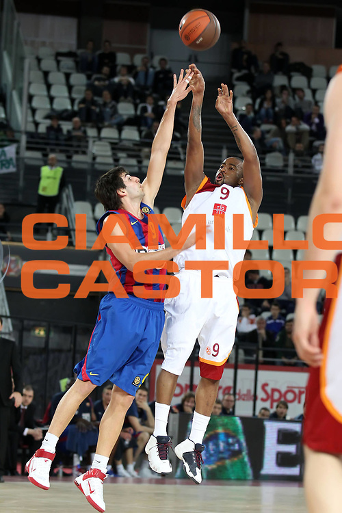 DESCRIZIONE : Roma Eurolega 2010-11 Top 16 Lottomatica Virtus Roma Regal Barcelona Barcellona<br /> GIOCATORE : Darius Washington<br /> SQUADRA : Lottomatica Virtus Roma <br /> EVENTO : Eurolega 2010-2011<br /> GARA : Lottomatica Virtus Roma Regal Barcelona Barcellona Barcelona<br /> DATA : 17/02/2011<br /> CATEGORIA : tiro<br /> SPORT : Pallacanestro <br /> AUTORE : Agenzia Ciamillo-Castoria/ElioCastoria<br /> Galleria : Eurolega 2010-2011<br /> Fotonotizia : Roma Eurolega 2010-11 Top 16 Lottomatica Virtus Roma Regal Barcelona Barcellona<br /> Predefinita :