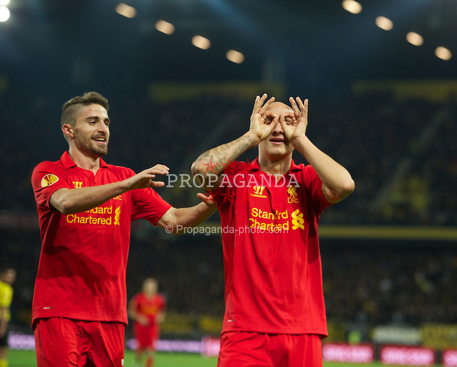 BERNE, SWITZERLAND - Thursday, September 20, 2012: Liverpool's Jonjo Shelvey celebrates scoring the fifth goal against BSC Young Boys with team-mate Fabio Borini during the UEFA Europa League Group A match at the Wankdorf Stadion. (Pic by David Rawcliffe/Propaganda)