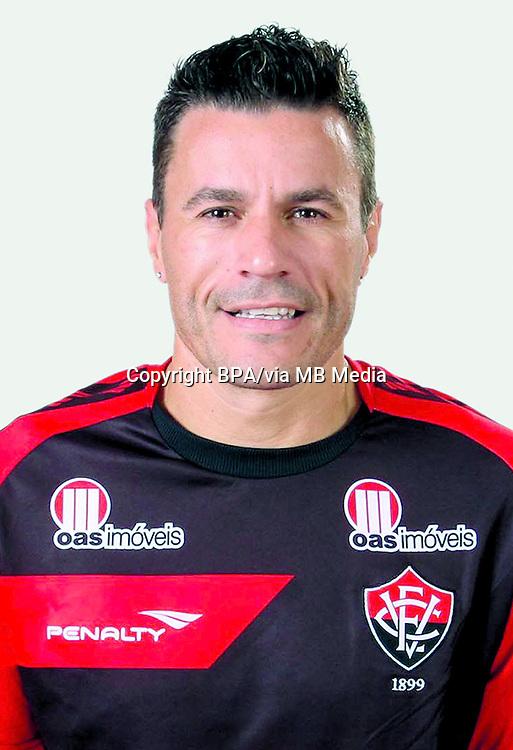 Michel Miguel da Silva ( Esporte Clube Vitória )