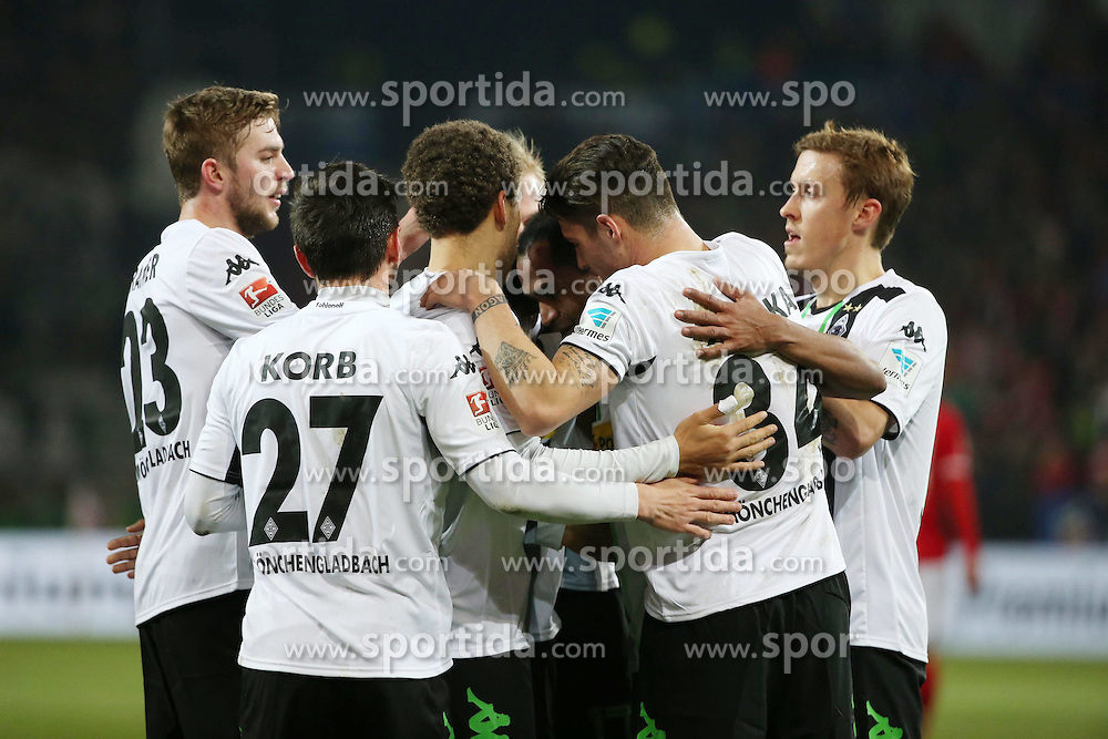 07.03.2015, Coface Arena, Mainz, GER, 1. FBL, 1. FSV Mainz 05 vs Borussia Moenchengladbach, 24. Runde, im Bild v.l.: Gladbacher Jubel nach der Fuehrung durch Raffael // during the German Bundesliga 24th round match between 1. FSV Mainz 05 and Borussia Moenchengladbach at the Coface Arena in Mainz, Germany on 2015/03/07. EXPA Pictures &copy; 2015, PhotoCredit: EXPA/ Eibner-Pressefoto/ Neurohr<br /> <br /> *****ATTENTION - OUT of GER*****