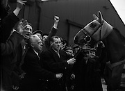 'Mr What' arrives home after winning the English Grand National. He was ridden by Arthur Freeman and had a starting price of 18/1. 'Mr What' was bred by Mrs Barbara O'Neill of Rathganny, Co.Westmeath and was born in 1950. His Sire was Grand Executioner and his Dam was Duchess of Pedulas..28/03/1958