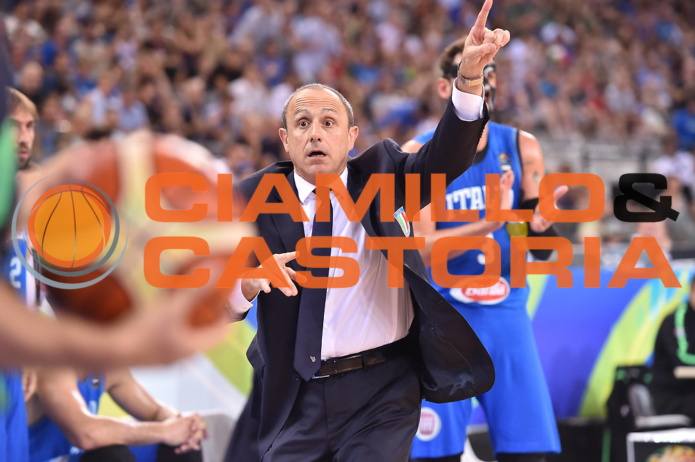 DESCRIZIONE: Torino FIBA Olympic Qualifying Tournament Finale Italia - Croazia<br /> GIOCATORE: Ettore Messina<br /> CATEGORIA: Nazionale Italiana Italia Maschile Senior<br /> GARA: FIBA Olympic Qualifying Tournament Finale Italia - Croazia<br /> DATA: 09/07/2016<br /> AUTORE: Agenzia Ciamillo-Castoria