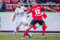 VELSEN - 22-08-2016, Telstar - Helmond Sport, Rabobank IJmond Stadion, SC Telstar speler Jordy Tutuarima, Helmond sport speler Jordy Thomassen