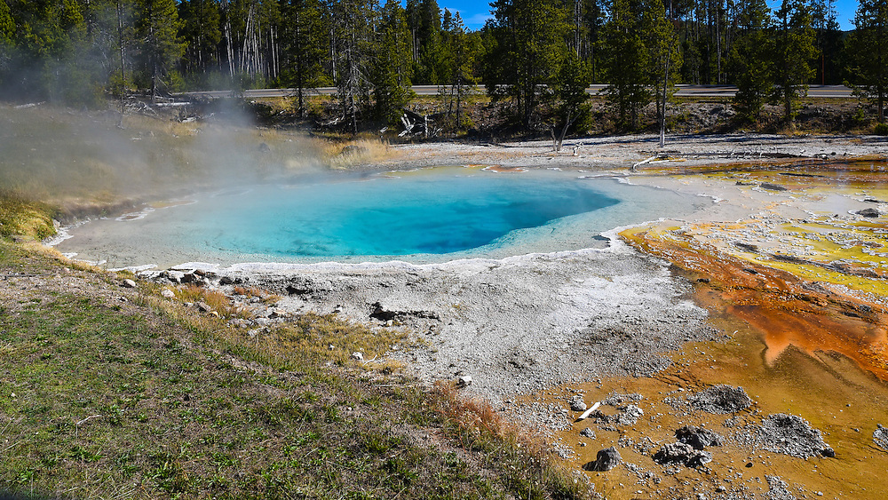 The Fountains Paint Pots geyser, Yellowstone