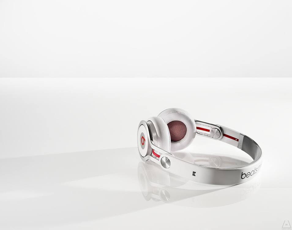 The independent style of Beats by Dre wireless headphones