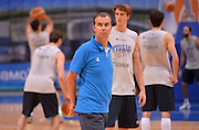 DESCRIZIONE : Qualificazioni EuroBasket 2015 - Allenamento <br /> GIOCATORE : Simone Pianigiani<br /> CATEGORIA : nazionale maschile senior A <br /> GARA : Qualificazioni EuroBasket 2015 viaggio - Allenamento<br /> DATA : 11/08/2014 <br /> AUTORE : Agenzia Ciamillo-Castoria