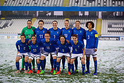 CESENA, ITALY - Tuesday, January 22, 2019: Italy players line-up for a team group photograph before the International Friendly between Italy and Wales at the Stadio Dino Manuzzi. Back row L-R: goalkeeper Rosalia Pipitone, Ilaria Mauro, Alia Guagni, Aurora Galli, Elena Linari, captain Sara Gama. Front row L-R: Valentina Bergamaschi, Elisa Bartoli, Barbara Bonansea, Daniela Sabatino, Manuela Giugliano. (Pic by David Rawcliffe/Propaganda)