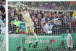 01.05.2013, Camp Nou, Barcelona, ESP, UEFA CL, FC Barcelona vs FC Bayern Muenchen, Halbfinale, Rueckspiel, im Bild Torwartaktion Manuel NEUER #1 (FC Bayern Muenchen), // during the UEFA Champions League 2nd Leg Semifinal Match between Barcelona FC and FC Bayern Munich at the Camp Nou, Barcelona, Spain on 2013/05/01. EXPA Pictures © 2013, PhotoCredit: EXPA/ Eibner/ Christian Kolbert..***** ATTENTION - OUT OF GER *****