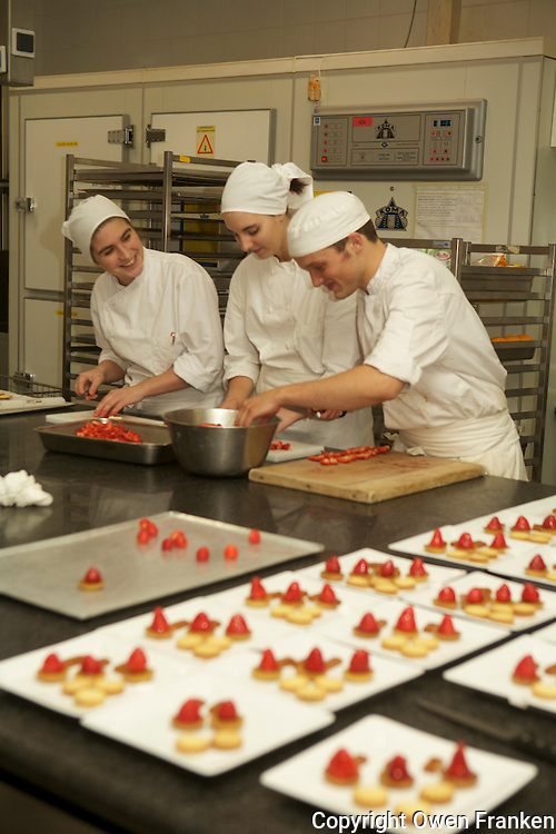 Chef Michael Hoffmann directs students, Ecole Ferrandi, Paris..photo by Owen Franken........
