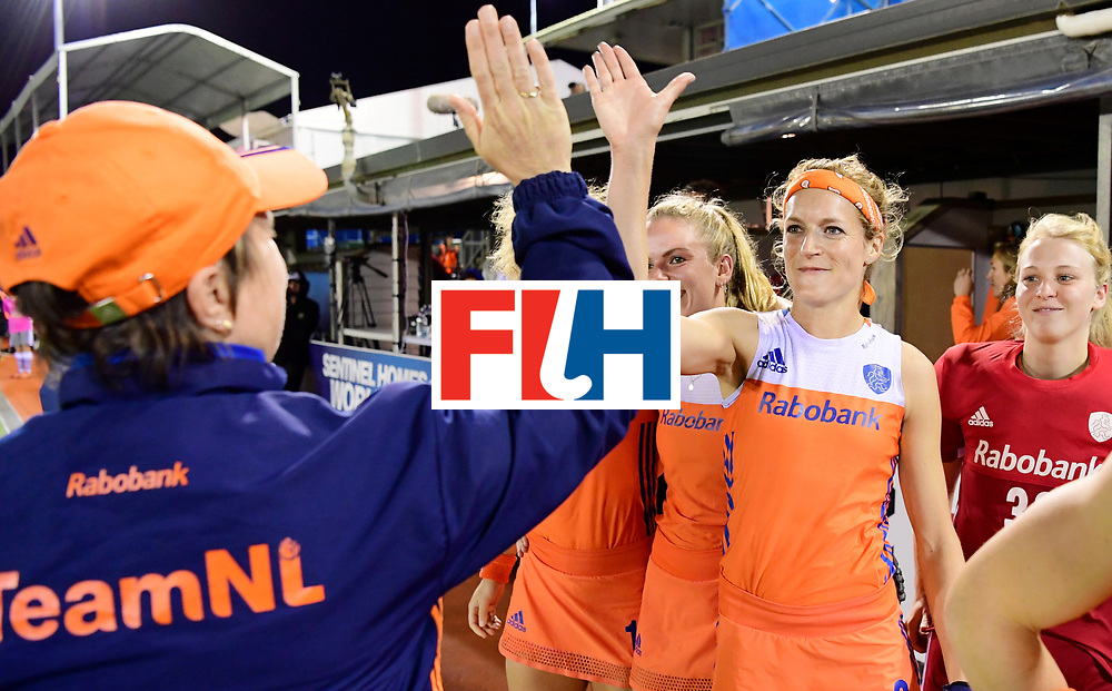 AUCKLAND - Sentinel Hockey World League final women<br /> Match id:10322<br /> 22 NED v NZL (Final)<br /> Foto: Alyson ANNAN Head Coach and Carlien Dirkse van den Heuvel  <br /> Netherlands wins the Sentinel Hockey World League<br /> WORLDSPORTPICS COPYRIGHT FRANK UIJLENBROEK