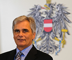 30.08.2011, Bundeskanzleramt, Wien, AUT, Ministerrat, im Bild Bundeskanzler Werner Faymann // during the council of ministers, Office of the Federal Chancellor, Vienna, 2011-08-30, EXPA Pictures © 2011, PhotoCredit: EXPA/ M. Gruber