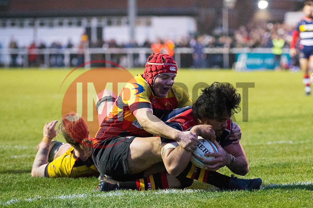 Steven Luatua of Bristol Rugby scores a try  - Mandatory by-line: Dougie Allward/JMP - 30/12/2017 - RUGBY - The Athletic Ground - Richmond, England - Richmond v Bristol Rugby - Greene King IPA Championship