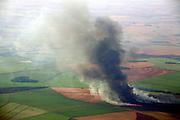 Frutal_MG, Brasil...Queimada em plantacao agricola...Burning in the agriculture...Foto: BRUNO MAGALHAES /  NITRO