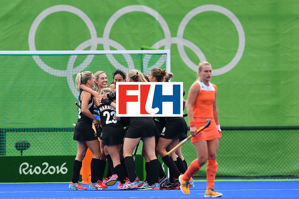 Netherlands' players celebrates after New Zealand's Kayla Whitelock scored the equalizer during the womens's field hockey New Zealand vs Netherlands match of the Rio 2016 Olympics Games at the Olympic Hockey Centre in Rio de Janeiro on August, 12 2016. / AFP / Carl DE SOUZA        (Photo credit should read CARL DE SOUZA/AFP/Getty Images)