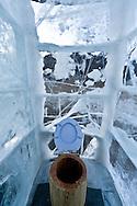 Mongolia. toilets in Ice. festival on the frozen Khuvsgul lake  Khuvsgul province -   /  Toilettes WC en glace. Festival des glaces sur le lac gelé de Khovsgol  Khovgul  - Mongolie /  L0055904