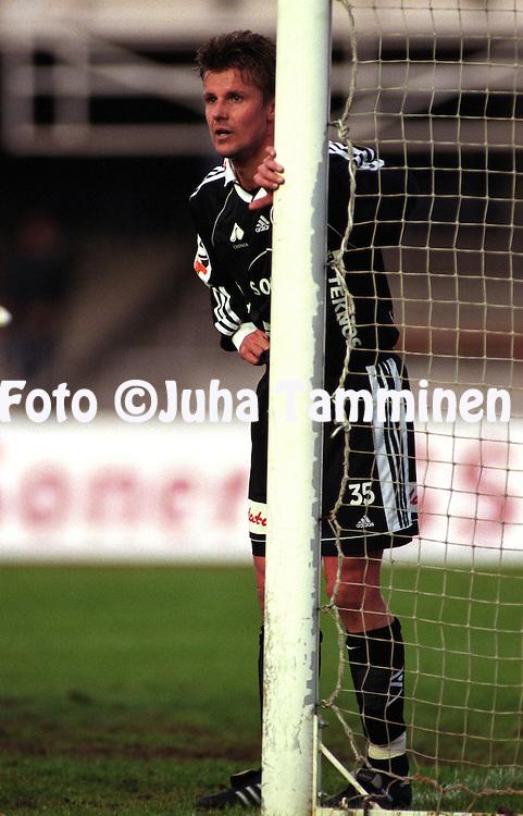 03.05.1999, Helsinki. .Veikkausliiga, FC Jokerit v FC Lahti.Rami Rantanen - Jokerit.©Juha Tamminen