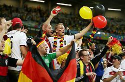 08.07.2014, Mineirao, Belo Horizonte, BRA, FIFA WM, Brasilien vs Deutschland, Halbfinale, im Bild Deutsche Fans feiern // during Semi Final match between Brasil and Germany of the FIFA Worldcup Brazil 2014 at the Mineirao in Belo Horizonte, Brazil on 2014/07/08. EXPA Pictures © 2014, PhotoCredit: EXPA/ Eibner-Pressefoto/ Cezaro<br /> <br /> *****ATTENTION - OUT of GER*****