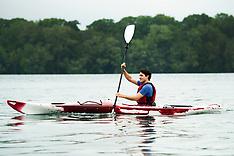 Justin Trudeau kayaks on the Niagara River - 5 June 2017