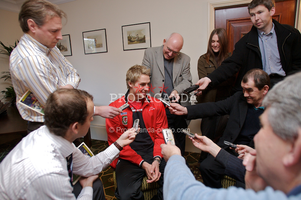 CHESTER, ENGLAND - Monday, February 4, 2008: Wales' David Edwards during a press conference at the Carden Park Hotel ahead of their friendly match against Norway. (Photo by David Rawcliffe/Propaganda)