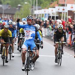 Wim Stroeting wint de tweede etappe van de 60e ronde van Overijssel